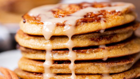 Cinnamon Roll Fit Pancakes